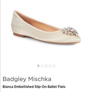 NWT Badgley Mischka ivory ballet flats, 8.5